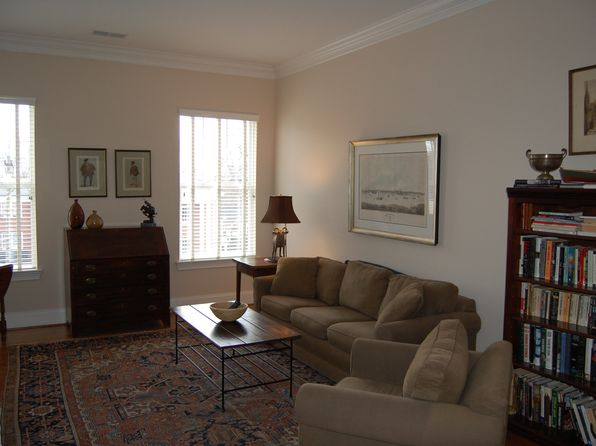 1 bed 1 bath Condo at 2978 Selwyn Ave Charlotte, NC, 28209 is for sale at 200k - 1 of 4