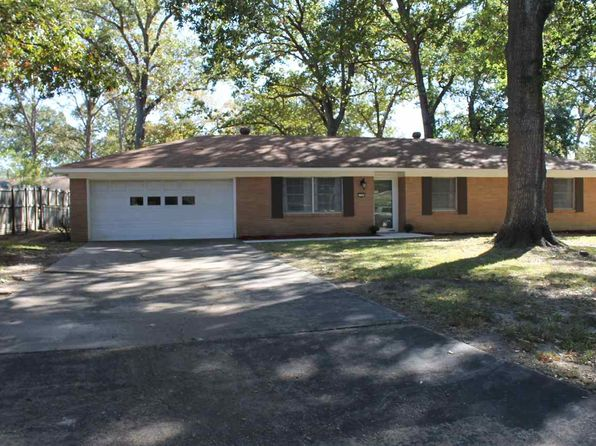 3 bed 2 bath Single Family at 1304 KENT ST LONGVIEW, TX, 75604 is for sale at 135k - 1 of 22