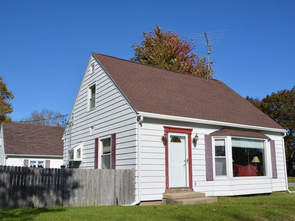 3 bed 2 bath Single Family at 424 Third St Walworth, WI, 53184 is for sale at 149k - 1 of 15