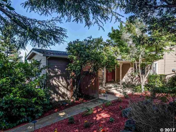 4 bed 2 bath Single Family at 2410 Overlook Dr Walnut Creek, CA, 94597 is for sale at 957k - 1 of 30