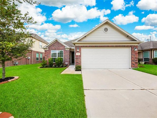 3 bed 2 bath Single Family at 7918 Lani Blue Ln Houston, TX, 77040 is for sale at 200k - 1 of 31