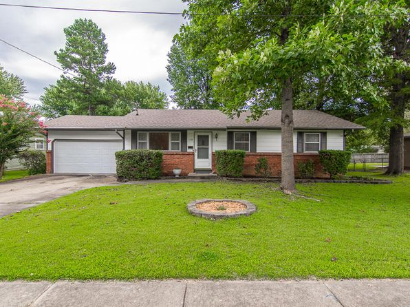 3 bed 1 bath Single Family at 1264 S Cedarbrook Ave Springfield, MO, 65804 is for sale at 100k - 1 of 21