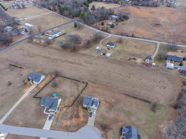 null bed null bath Vacant Land at 623 Ben Taylor Rd Fountain Inn, SC, 29644 is for sale at 68k - 1 of 16