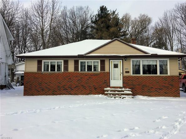 3 bed 2 bath Single Family at 23151 Hadden Rd Euclid, OH, 44117 is for sale at 87k - 1 of 27