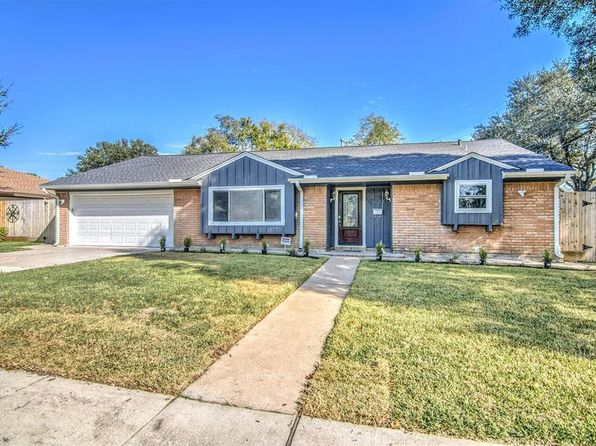 3 bed 2 bath Single Family at 11631 LANDSDOWNE DR HOUSTON, TX, 77035 is for sale at 270k - 1 of 24