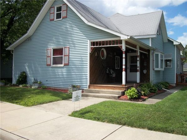 3 bed 2 bath Single Family at 113 W Michigan St Fortville, IN, 46040 is for sale at 145k - 1 of 47