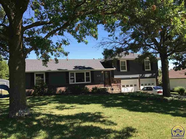 3 bed 2 bath Single Family at 6118 SW 40th Ter Topeka, KS, 66610 is for sale at 163k - 1 of 11