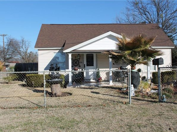 2 bed 1 bath Single Family at 310 W Trammell Ave Everman, TX, 76140 is for sale at 110k - 1 of 27