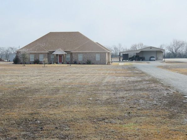 3 bed 2 bath Single Family at 5789 N US Highway 69 Celeste, TX, 75423 is for sale at 320k - 1 of 25