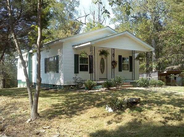2 bed 1 bath Single Family at 880 Shaddon Rd Tellico Plains, TN, 37385 is for sale at 82k - 1 of 23