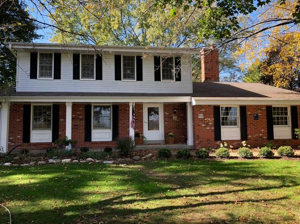 4 bed 3 bath Single Family at W220N7729 Fieldstone Ln Sussex, WI, 53089 is for sale at 299k - 1 of 25