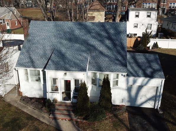 4 bed 2 bath Single Family at 525 MAPLEWOOD AVE ROSELLE PARK, NJ, 07204 is for sale at 310k - 1 of 12