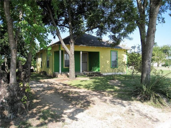 2 bed 1 bath Single Family at 307 N Colorado St Whitney, TX, 76692 is for sale at 46k - 1 of 16