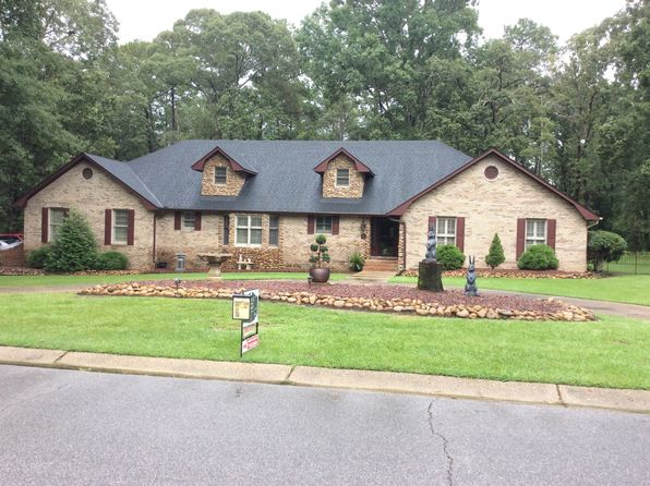 4 bed 3 bath Single Family at 5 Heritage Trl Laurel, MS, 39440 is for sale at 369k - 1 of 83