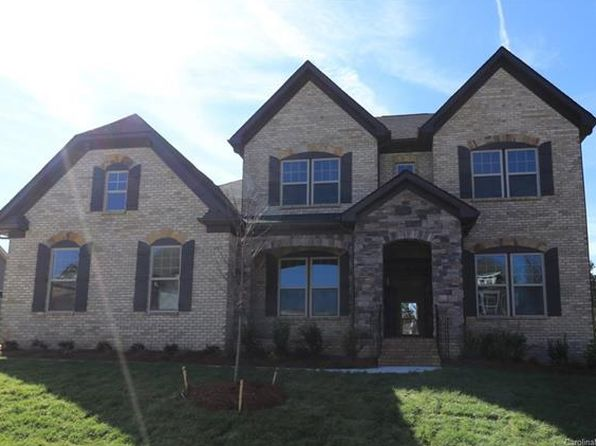 4 bed 4 bath Single Family at 13930 Pineloft Dr Huntersville, NC, 28078 is for sale at 574k - google static map