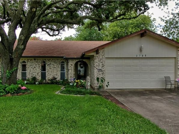 3 bed 2 bath Single Family at 2700 W Oakdale W Rd Irving, TX, 75060 is for sale at 180k - 1 of 28