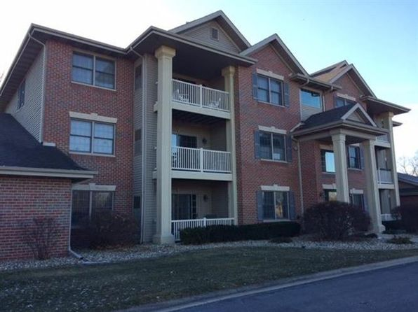 2 bed 1 bath Condo at 1624 White Oak Cir Munster, IN, 46321 is for sale at 162k - 1 of 19