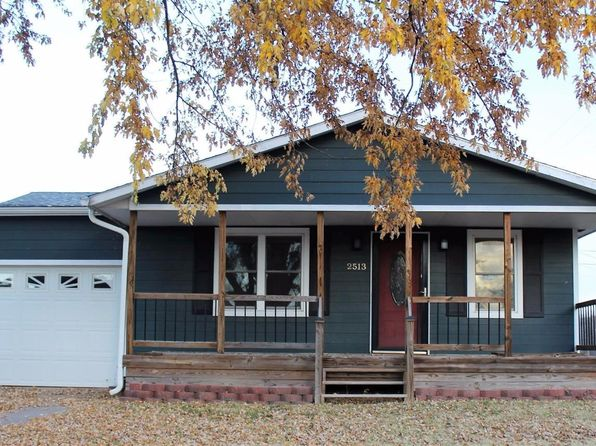 3 bed 2 bath Single Family at 2513 Robin Rd Salina, KS, 67401 is for sale at 130k - 1 of 28