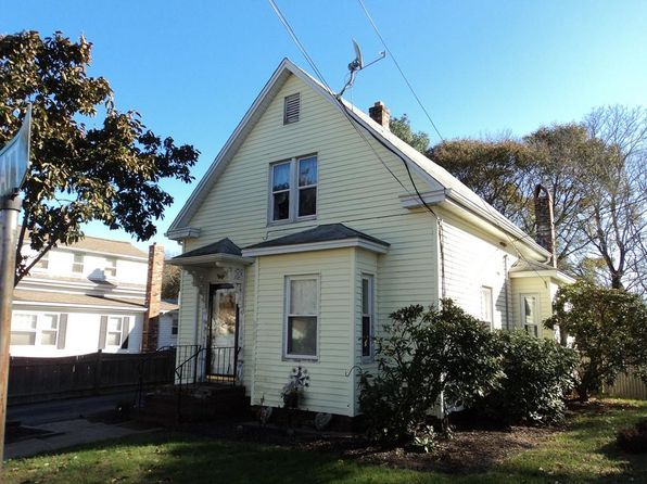 3 bed 1 bath Single Family at 118 PRATT ST AVON, MA, 02322 is for sale at 250k - 1 of 11