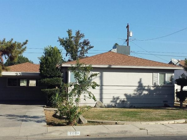 3 bed 1 bath Single Family at 2204 BRADLEY AVE BAKERSFIELD, CA, 93304 is for sale at 150k - 1 of 8