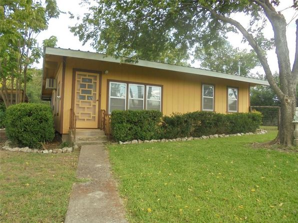 2 bed 2 bath Single Family at 133 Hillside Dr Whitney, TX, 76692 is for sale at 58k - 1 of 23