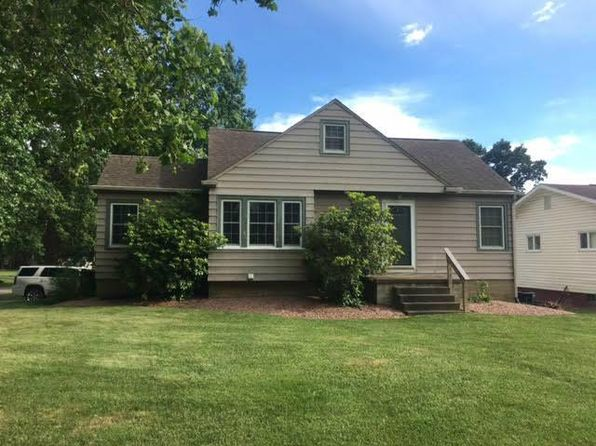 3 bed 2 bath Single Family at 558 Harding Rd Zanesville, OH, 43701 is for sale at 115k - 1 of 17