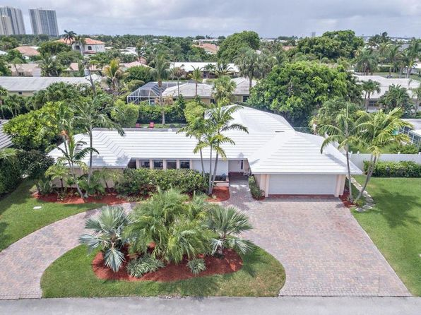 3 bed 4 bath Single Family at 1151 Emerald Ln Riviera Beach, FL, 33404 is for sale at 549k - 1 of 22