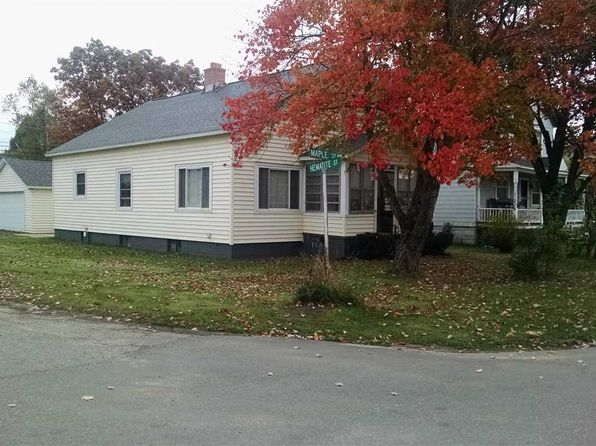 3 bed 2 bath Single Family at 198 N MAPLE ST Gwinn, MI, null is for sale at 86k - 1 of 30
