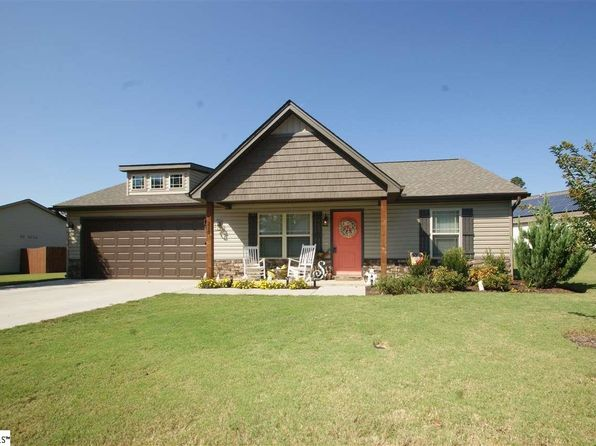 3 bed 2 bath Single Family at 215 HOTCHKISS LN DUNCAN, SC, 29334 is for sale at 147k - 1 of 14