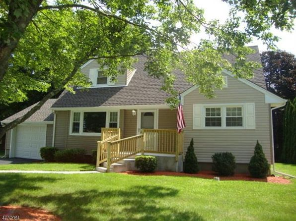 4 bed 2 bath Single Family at  2 Heminover St Byram, NJ, 07874 is for sale at 299k - 1 of 25