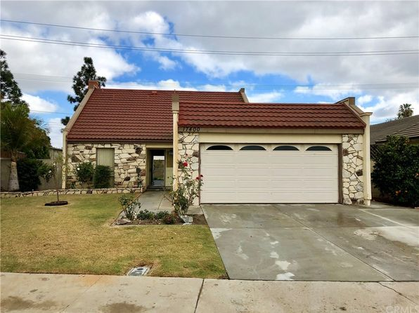 4 bed 3 bath Single Family at 17400 Los Amigos Cir Fountain Valley, CA, 92708 is for sale at 659k - 1 of 16