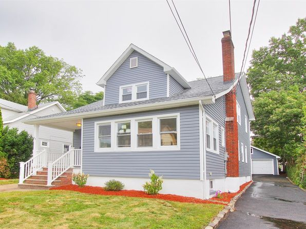 4 bed 4 bath Single Family at 22 Fernwood Rd Maplewood, NJ, 07040 is for sale at 500k - 1 of 25
