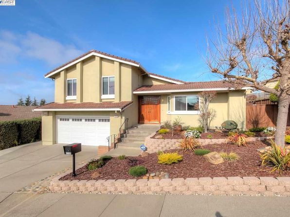 3 bed 3 bath Single Family at 27150 Fielding Dr Hayward, CA, 94542 is for sale at 860k - 1 of 30