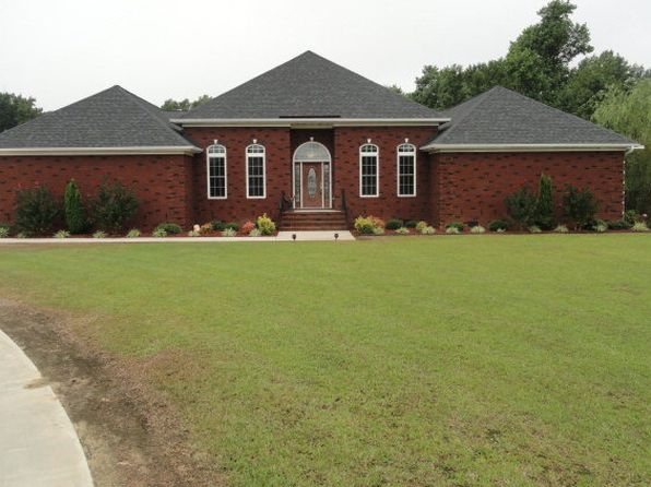 5 bed 3 bath Single Family at 141 Dry Pond Meadow Ln Mount Olive, NC, 28365 is for sale at 495k - 1 of 18