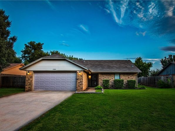 3 bed 2 bath Single Family at 1506 Sherry Ct Elk City, OK, 73644 is for sale at 120k - 1 of 14
