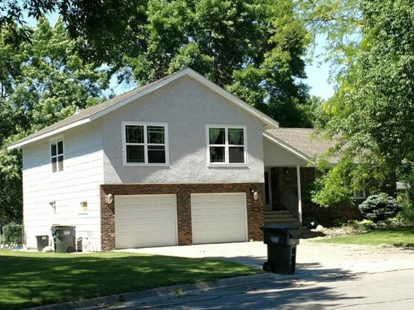 4 bed 3 bath Single Family at 700 Southview Ct SW Hutchinson, MN, 55350 is for sale at 127k - google static map