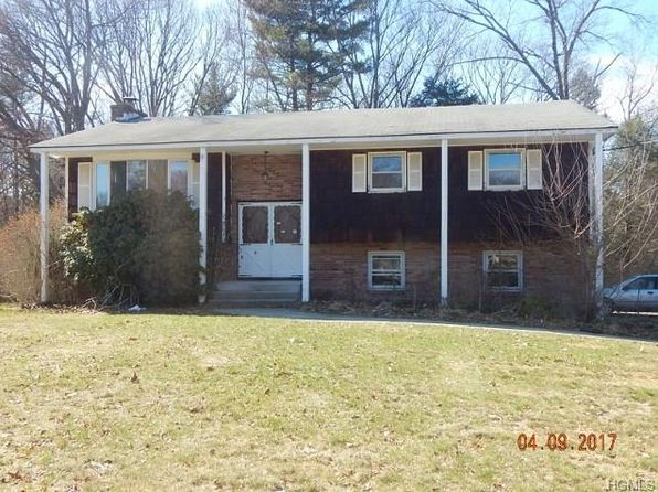 4 bed 2 bath Single Family at 11 Sagamore Dr Otisville, NY, 10963 is for sale at 140k - 1 of 23