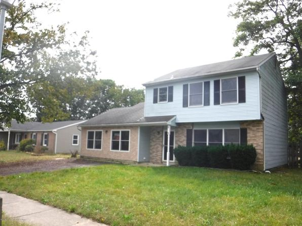 3 bed 1.5 bath Single Family at 18 Bayberry Ct Howell, NJ, 07731 is for sale at 254k - 1 of 18
