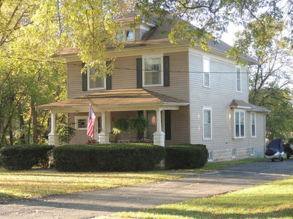 4 bed 2 bath Single Family at 1002 W Davis St Fayette, MO, 65248 is for sale at 100k - 1 of 32