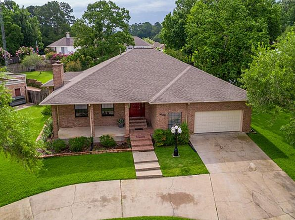 3 bed 2 bath Single Family at 1623 GREENBRIAR DR HUNTSVILLE, TX, 77340 is for sale at 204k - 1 of 28