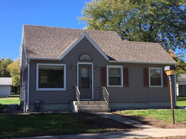 2 bed 1 bath Single Family at 303 S Washington Ave Graettinger, IA, 51342 is for sale at 27k - 1 of 3