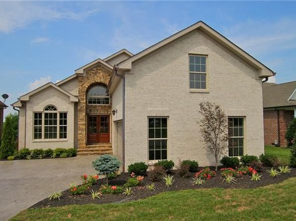 3 bed 3 bath Single Family at 1120 Fairvue Village Ln Gallatin, TN, 37066 is for sale at 430k - 1 of 4