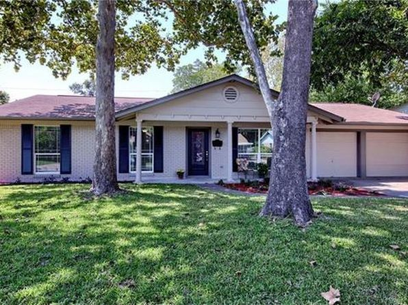 3 bed 2 bath Single Family at 1805 Vallejo St Austin, TX, 78757 is for sale at 579k - 1 of 29