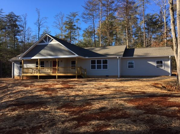 3 bed 2 bath Single Family at 414 Red Oak Rd Franklin, NC, 28734 is for sale at 269k - 1 of 22