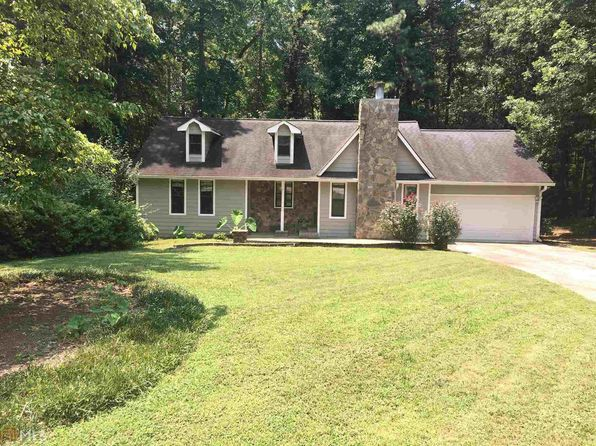 3 bed 2 bath Single Family at 145 Paces Way Fayetteville, GA, 30215 is for sale at 147k - google static map