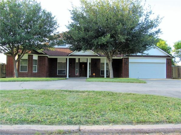 7 bed 4 bath Single Family at 305 E Avenue I Robstown, TX, 78380 is for sale at 220k - 1 of 39