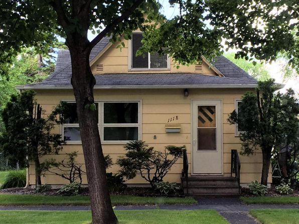 3 bed 2.75 bath Single Family at 1118 Cottonwood St Grand Forks, ND, 58201 is for sale at 152k - 1 of 22