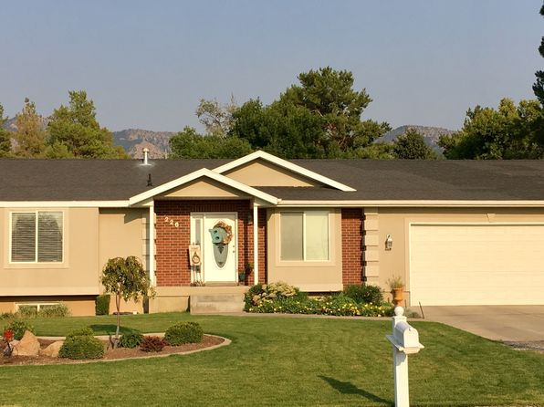 4 bed 3 bath Single Family at 226 N 200 W Hyde Park, UT, 84318 is for sale at 262k - 1 of 25