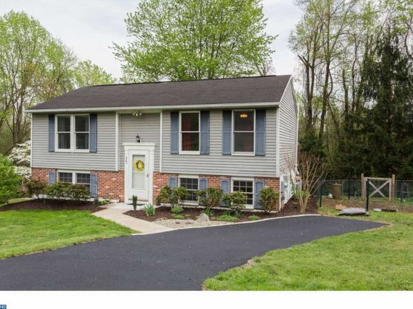 3 bed 2 bath Single Family at 203 Katherine Ln Coatesville, PA, 19320 is for sale at 196k - 1 of 19