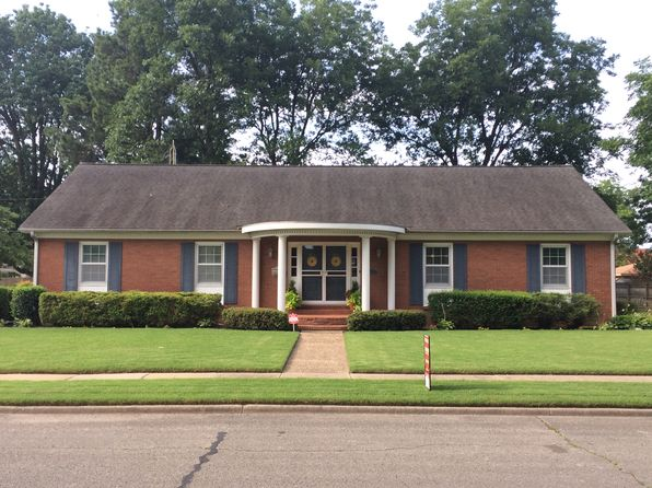 3 bed 2 bath Single Family at 1101 Broadmoor St Blytheville, AR, 72315 is for sale at 165k - 1 of 28